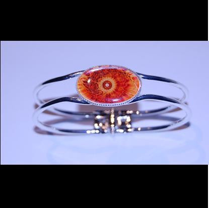 Silver plated bangle. - Sunburst
