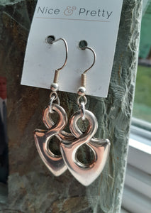silver infinity earrings. nice and pretty jewelry