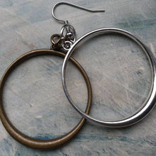 Load image into Gallery viewer, hoops earrings. nice and pretty jewelry