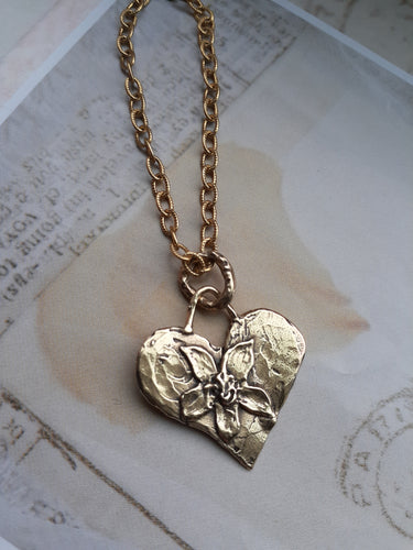golden bronze flower heart necklace. rustic hammered heart necklace. nice and pretty jewelry