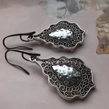 Load image into Gallery viewer, silver filigree oval earrings. nice and pretty jewelry