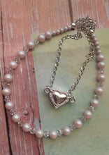 Load image into Gallery viewer, pale pink pearls and crystal necklace. nice and pretty jewelry