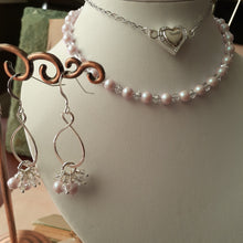 Load image into Gallery viewer, pale pink pearls and crystal necklace set. nice and pretty jewelry