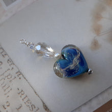 Load image into Gallery viewer, blue handcrafted glass heart pendant. nice and pretty jewelry
