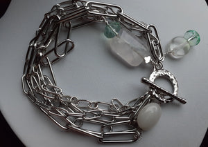 paper clip chain bracelet. nice and pretty jewelry