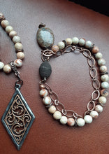 Load image into Gallery viewer, natural white impression jasper. peach stone and copper bracelet. nice and pretty jewelry