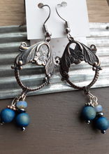 Load image into Gallery viewer, bronze Chandelier earrings. nice and pretty jewelry