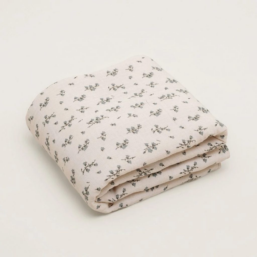 Garbo & Friends Muslin Quilt - Bluebell - OS