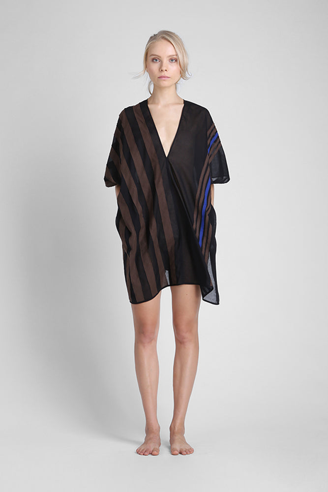 Cotton tunic with v-neck and irregular appliqué stripes