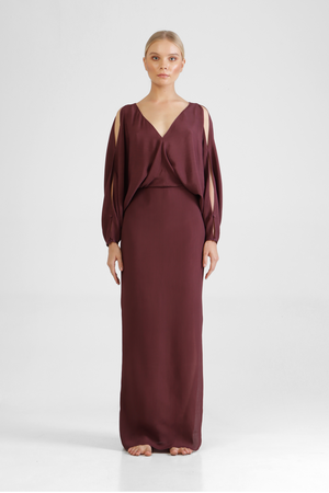 Gamala - Versatile elegant dress with peek-a-boo sleeves