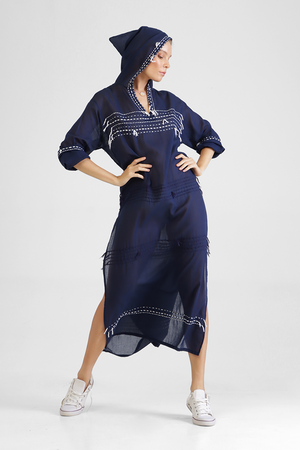 Load image into Gallery viewer, Igli - Hooded kaftan with stitch detailing