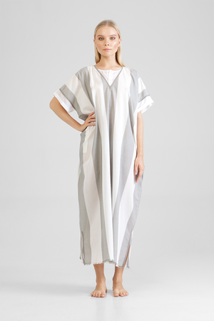 Load image into Gallery viewer, Ililar - Minimalist yarn died unisex kaftan