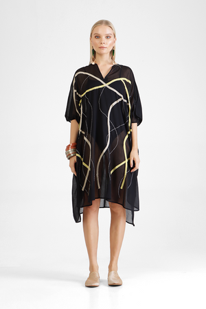 Huda - Oversized V-neck tunic with golden appliqué graphics