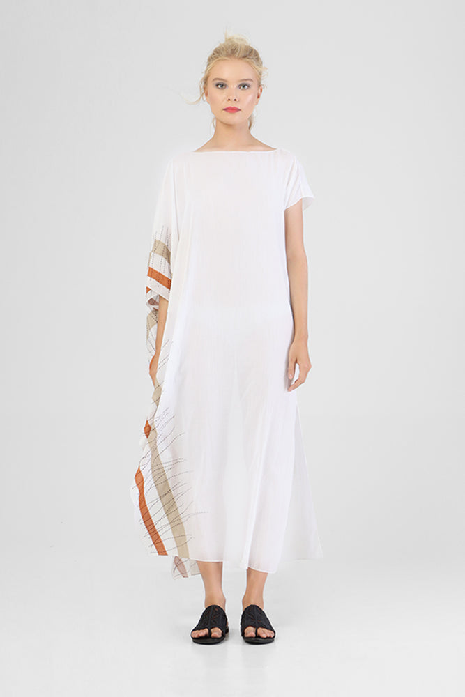 Asymmetrical sleeved kaftan with single border of contrast appliqué and stitch detailing