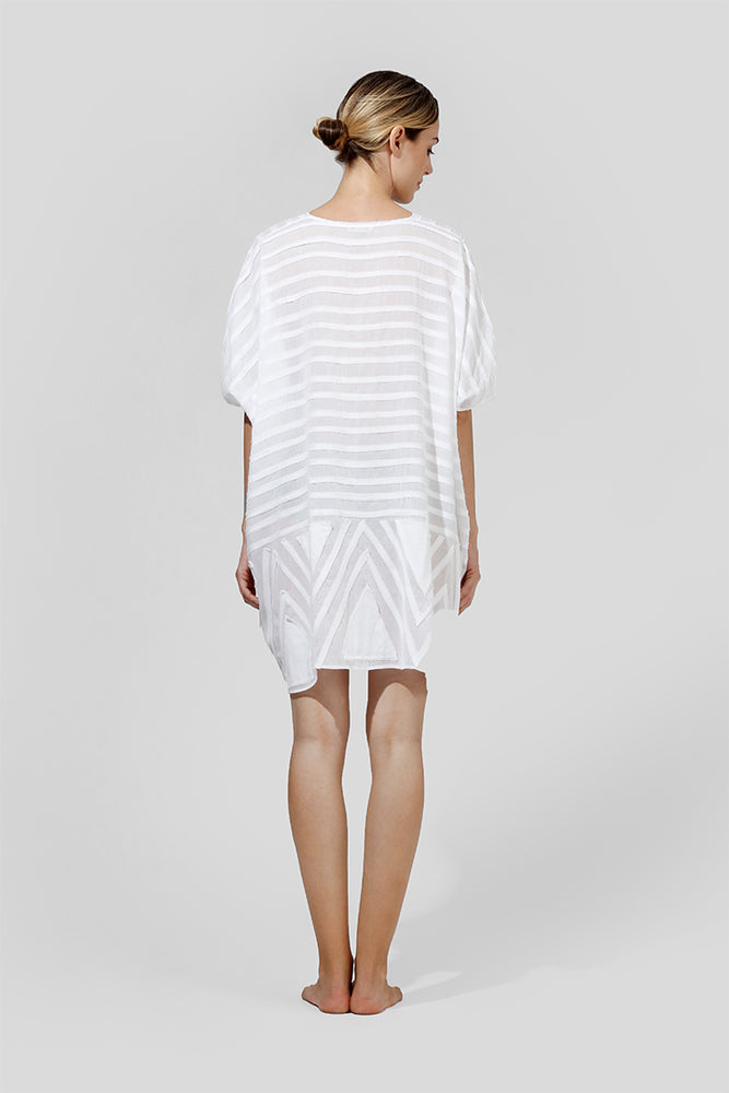 Load image into Gallery viewer, Ayleen - Oversized tunic with graphic appliqué