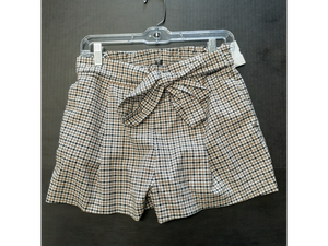 Divided Shorts Size Small