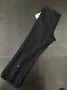 Lulu Lemon Womens Athletic Pants Size 2 (26)