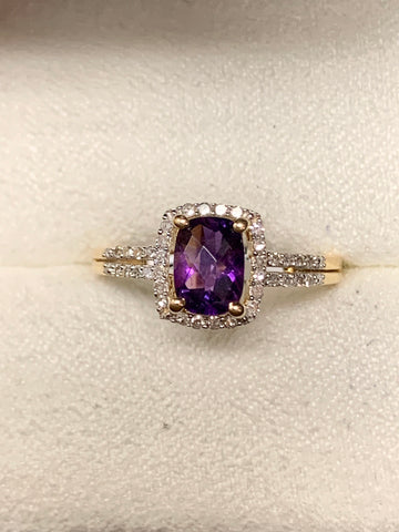Amethyst/Diamond Fashion Ring