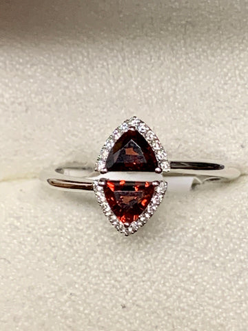 Garnet/Diamond Fashion Ring