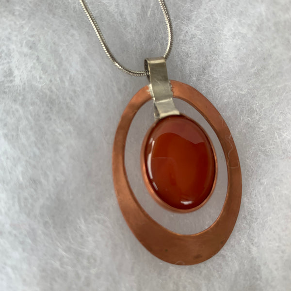 Two tones oval pendant