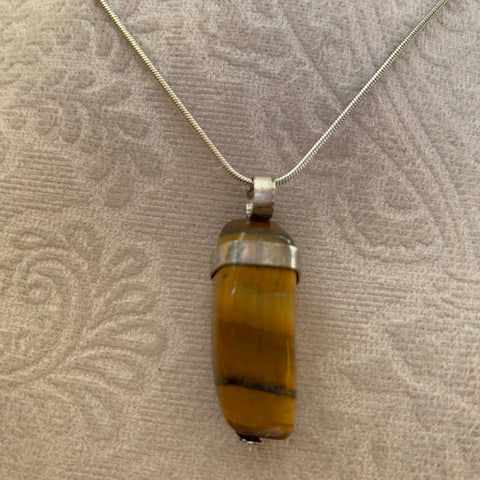 cube tiger eye on sterlig silver with silver plated chain