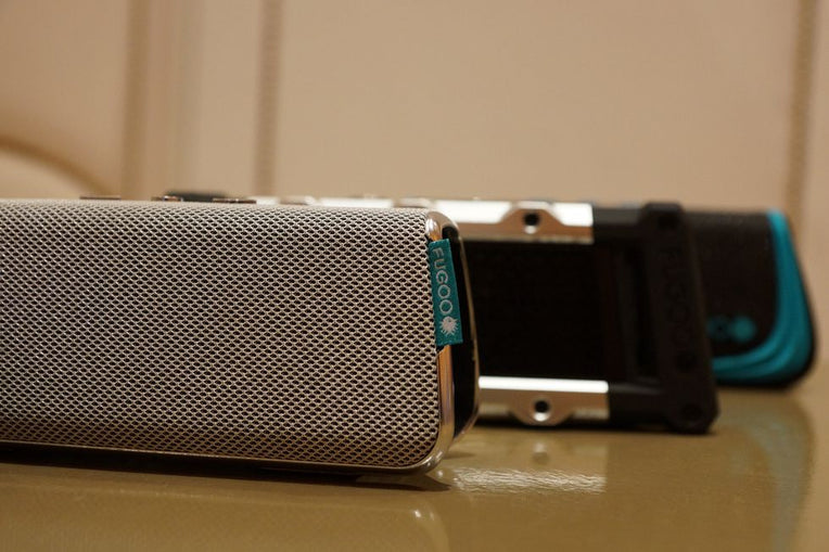 FUGOO XL: NEW WATERPROOF BLUETOOTH SPEAKER OFFERS 35 HOURS OF BATTERY LIFE