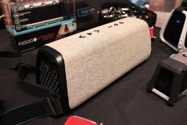 FUGOO XL BLUETOOTH SPEAKER OFFERS BIGGER BASS