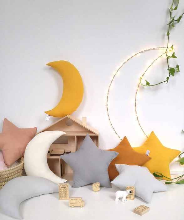 Coussin lune par the butter flying