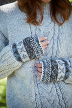 Load image into Gallery viewer, Pachamama Knitwear Finisterre Wristwarmers