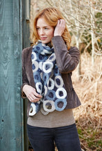 Load image into Gallery viewer, Pachamama Knitwear Manhattan Scarf