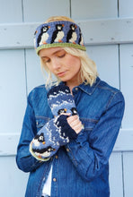Load image into Gallery viewer, Pachamama Knitwear Animal Wristwarmers