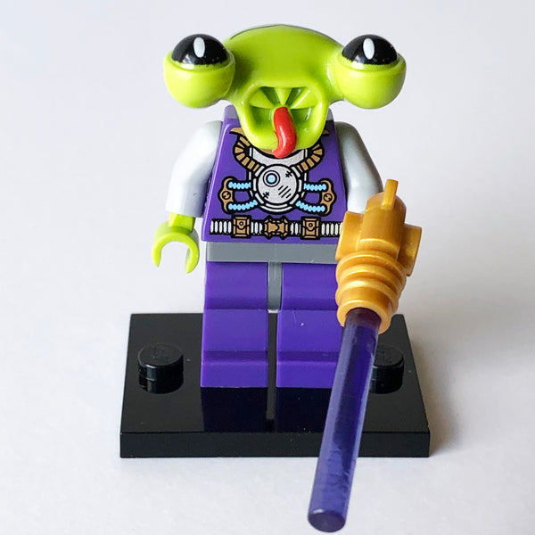 Space Alien - Series 3 Collectibles (BAM0937)