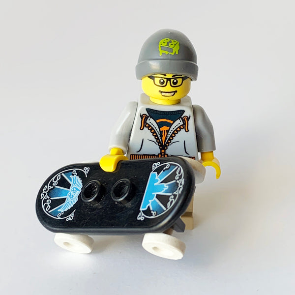 Street Skater - Series 4 Collectibles (BAM0949)