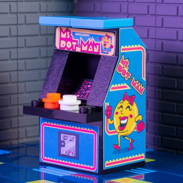 Mrs. Dot-Man Arcade Game