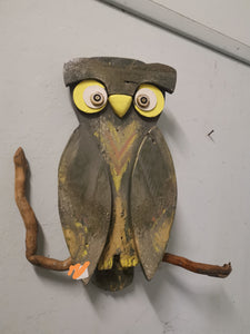 Funky owl wall decor