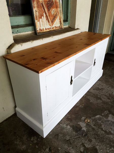 Oregan Pine TV unit