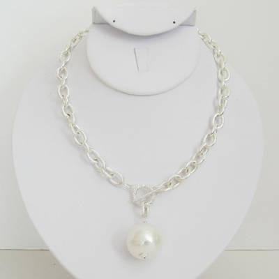 Susan Shaw Silver Cotton Pearl Necklace