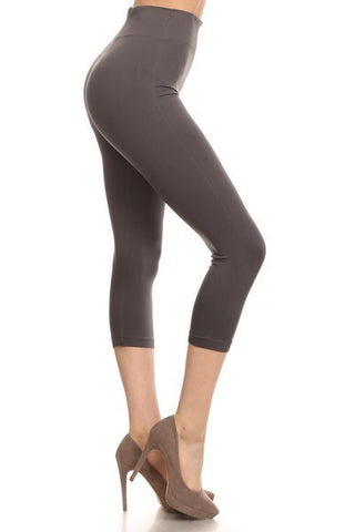PLUS Capri Leggings