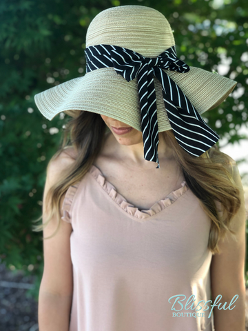 Straw Sun Hat w/ Bow