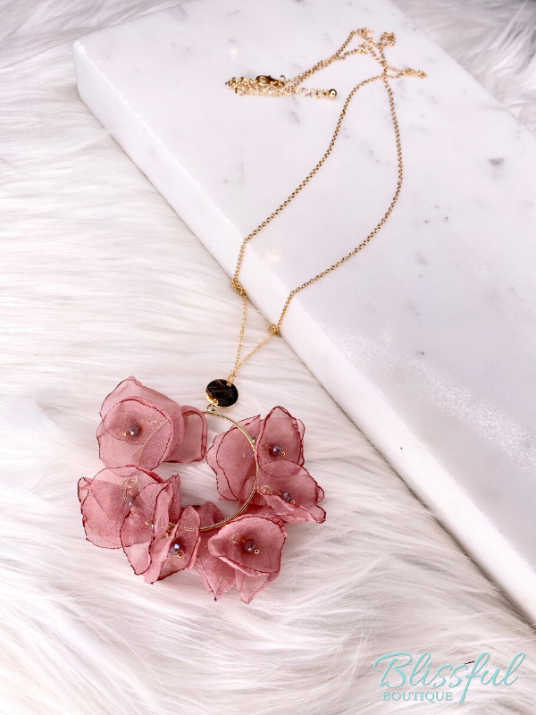 Chiffon Circle Flower Necklace