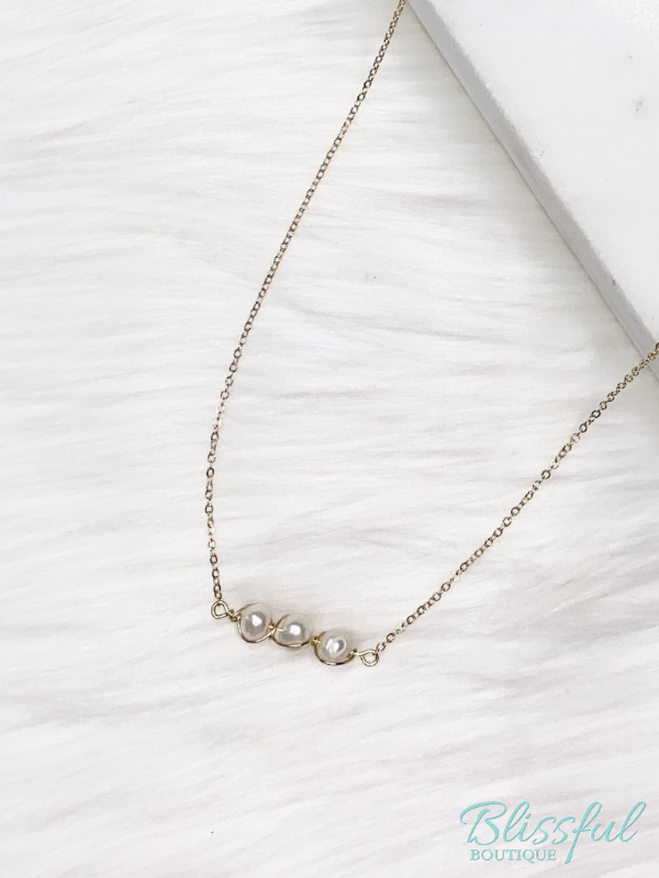 Pearl Wrapped Dainty Necklace