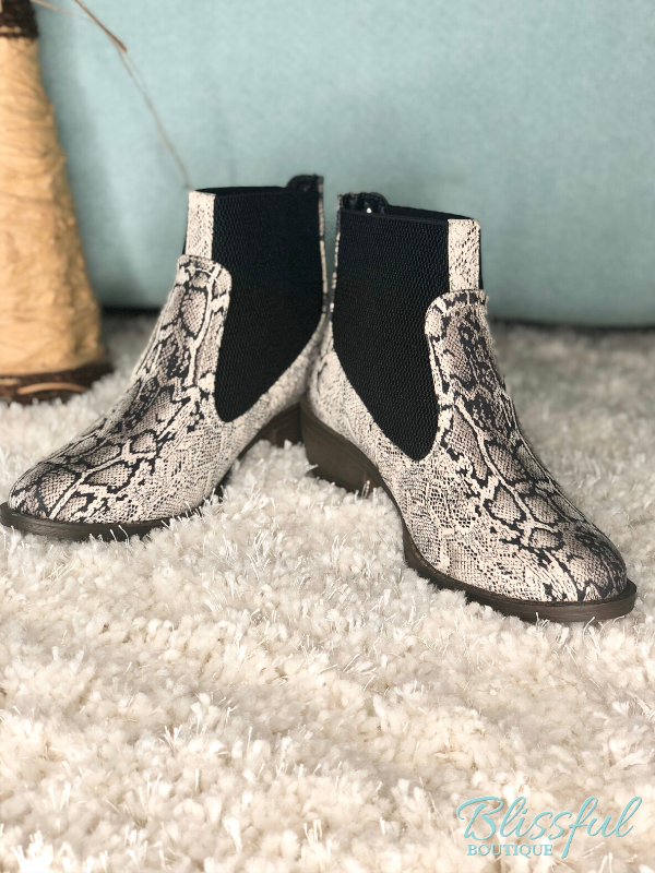 Black Snake Pull-on Ankle Bootie