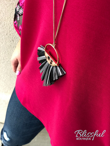 Raffia Fan & Acrylic Necklace
