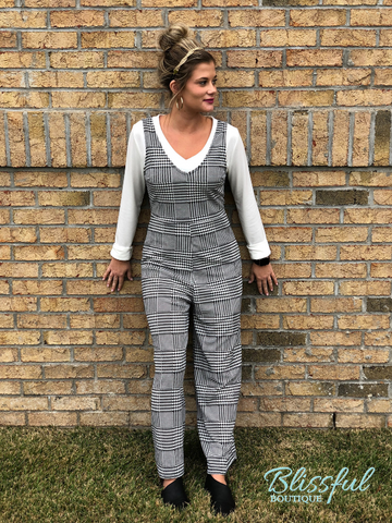 Black & White Sleeveless Jumpsuit
