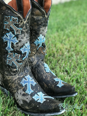 Cascading Crosses Boot