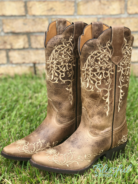 Vintage Embroidary Etched Cowgirl Boots