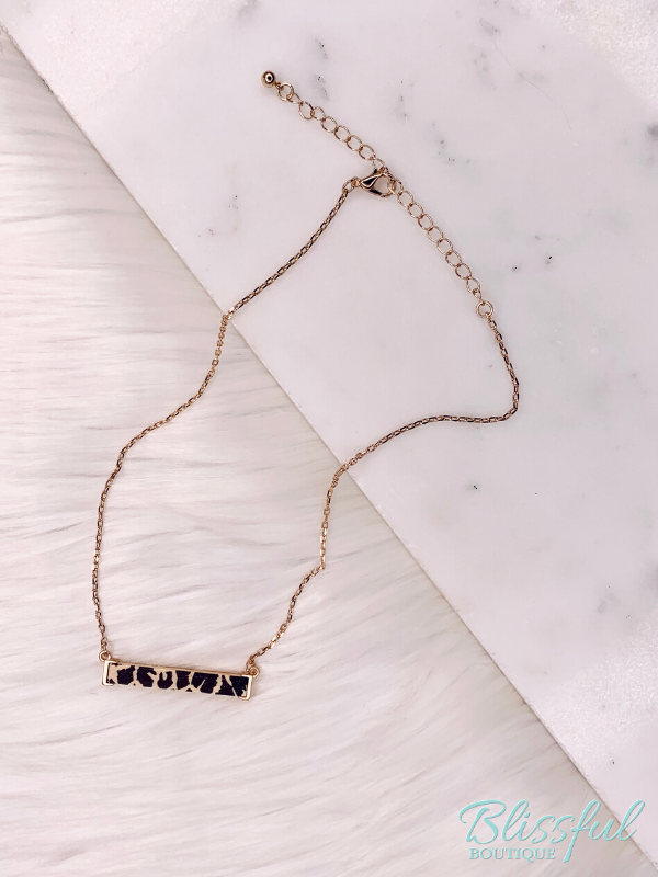 Wooden Animal Print Bar Necklace