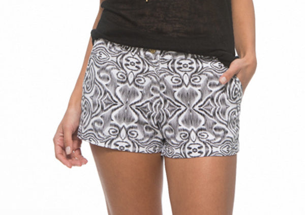 MacBeth Alexa Black & White Shorts - Blissful Boutique