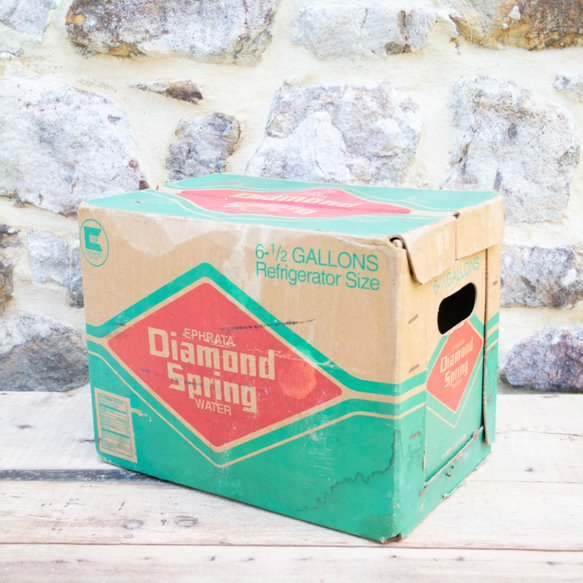 Diamond Spring Water Box