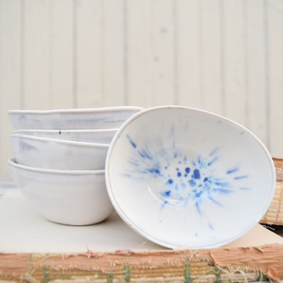 Dipping Bowl in Blue and White